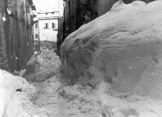 [cml_media_alt id='3129']1929 nevicata[/cml_media_alt]
