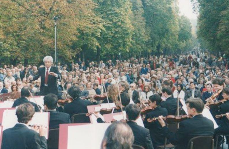 [cml_media_alt id='3004']concerto al parco[/cml_media_alt]