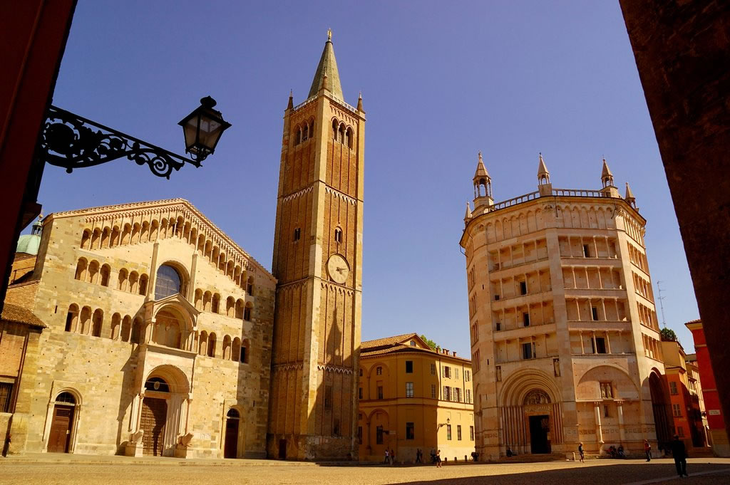 [cml_media_alt id='2878']cattedrale di Santa Maria dell'Assunta e Battistero Parma[/cml_media_alt]